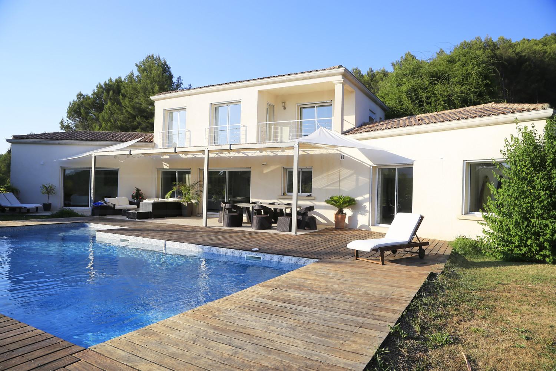 Maison a vendre vue mer a carqueiranne achete villa avec for Acheter maison dans le sud de la france