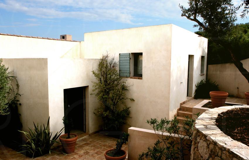 Var, Sanary, villa moderne, maison, pieds dans l\'eau, vue mer, piscine