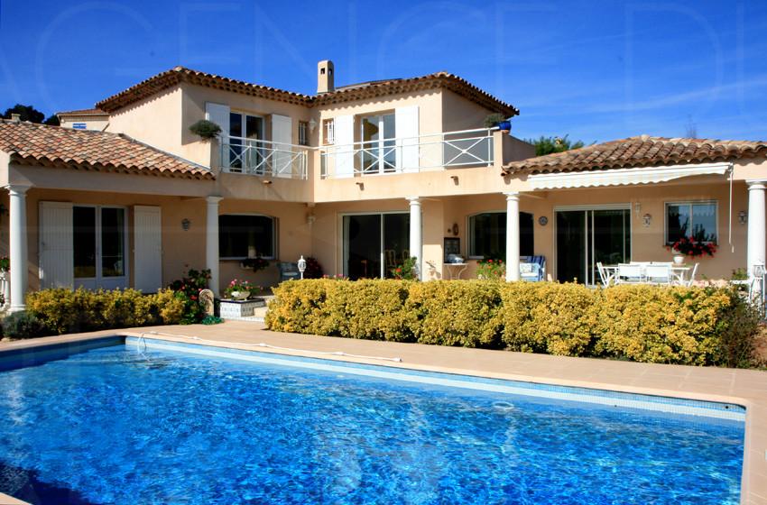 Var, proche commerces, vente, maison, villa, vue mer, piscine, sud ...