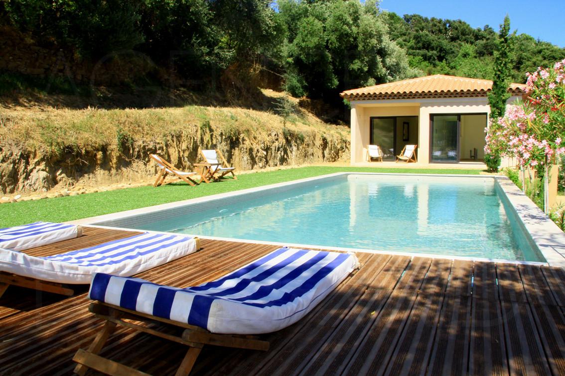 Achat vendre maison villa neuve bormes les mimosas vue for Achat villa neuve