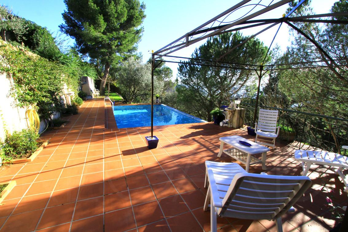 Carqueiranne hy res vendre achat villa maison vue mer for Piscine carqueiranne