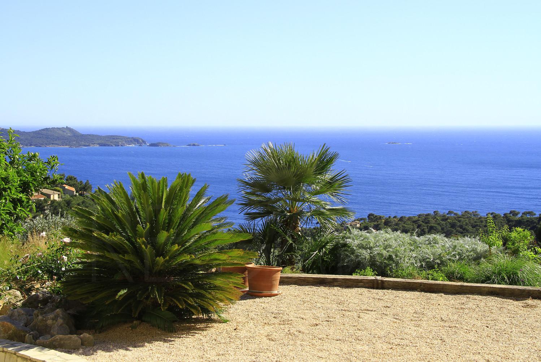 Vendre achat carqueiranne hy res maison villa for Piscine carqueiranne
