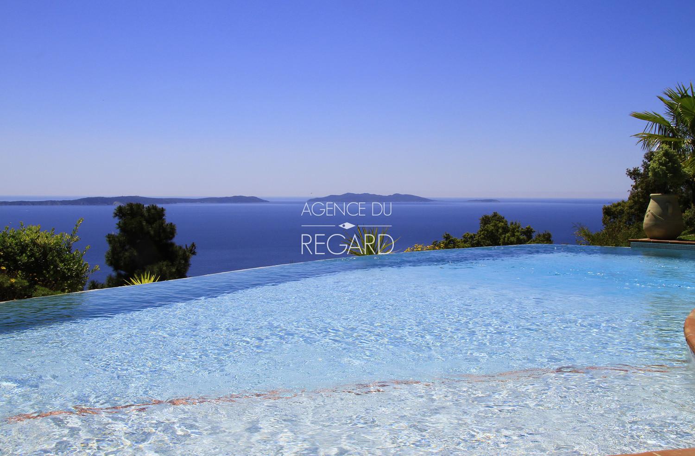 Rayol canadel propri t vue mer panoramique villa vue mer piscine 5 chambres var - Piscine debordement mer toulon ...