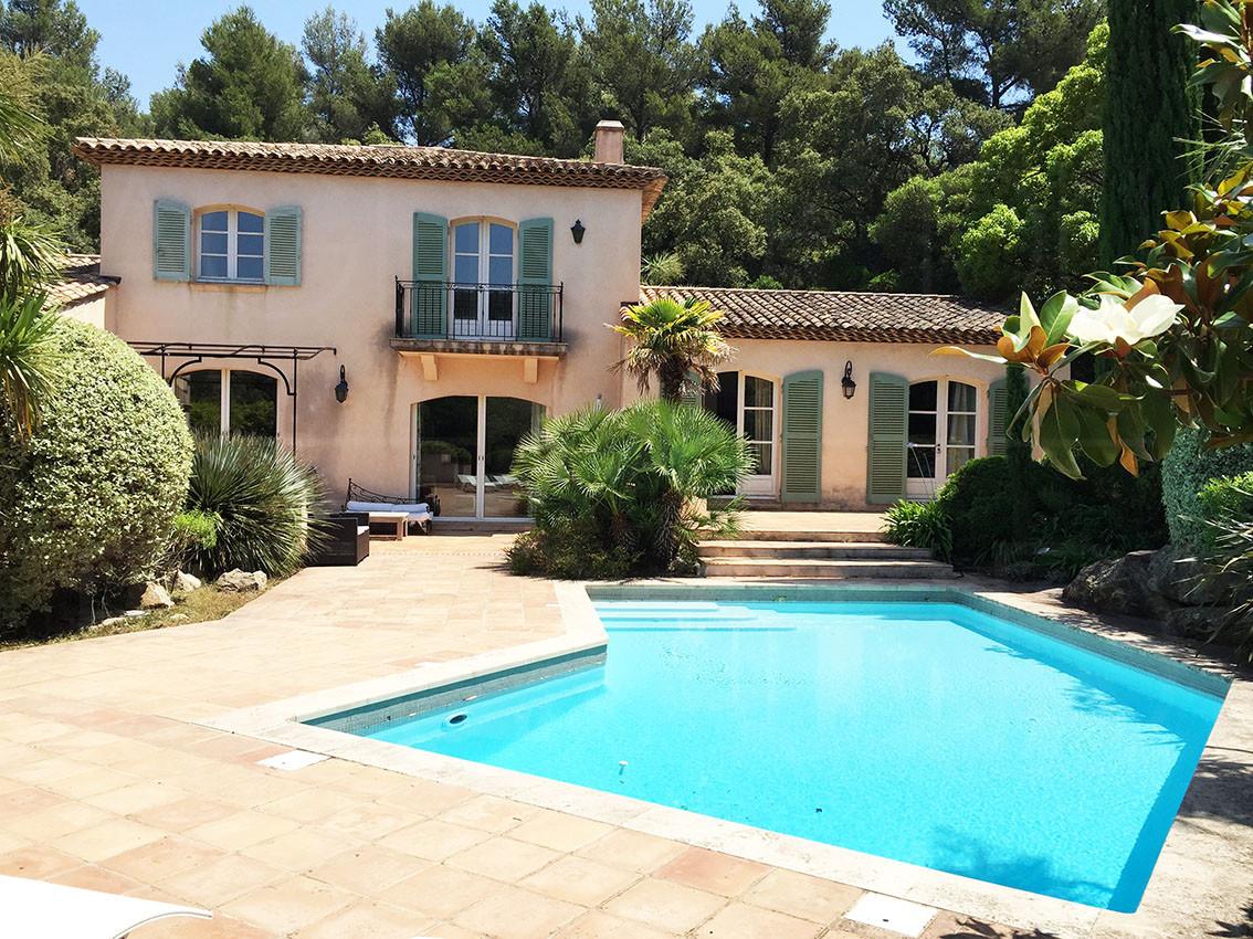 Maison avendre au cap b nat avec 7 chambres achete villa for La maison cap