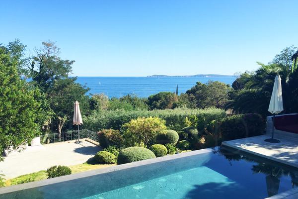 Maison bord de mer var a vendre for Achat maison normandie bord de mer