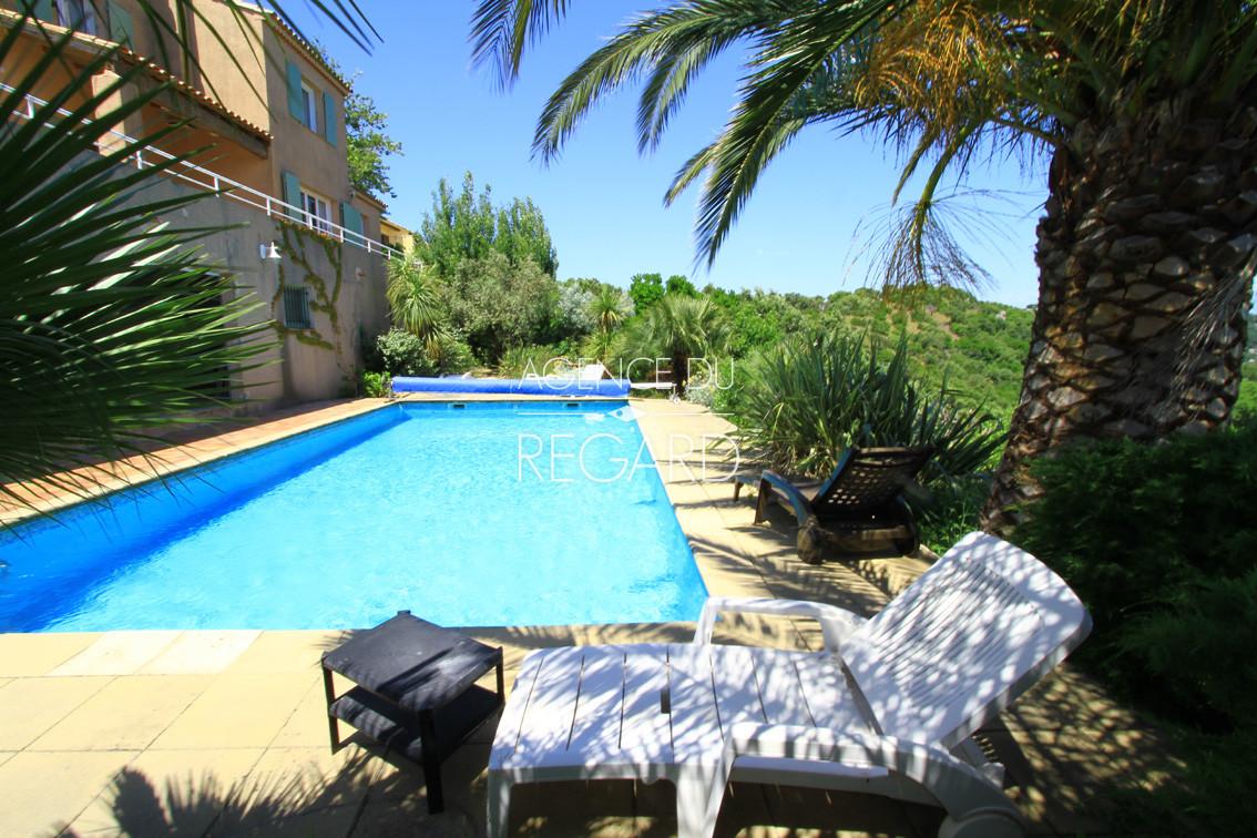 Achat vendre maison villa var sud domaine priv cap for Camping bormes les mimosas piscine