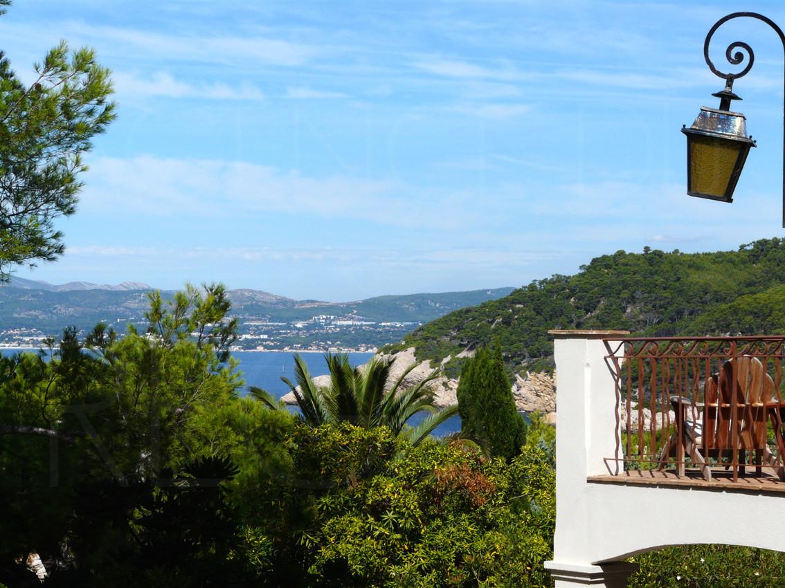 Maison a vendre cavalaire sur mer for Camping cavalaire sur mer avec piscine