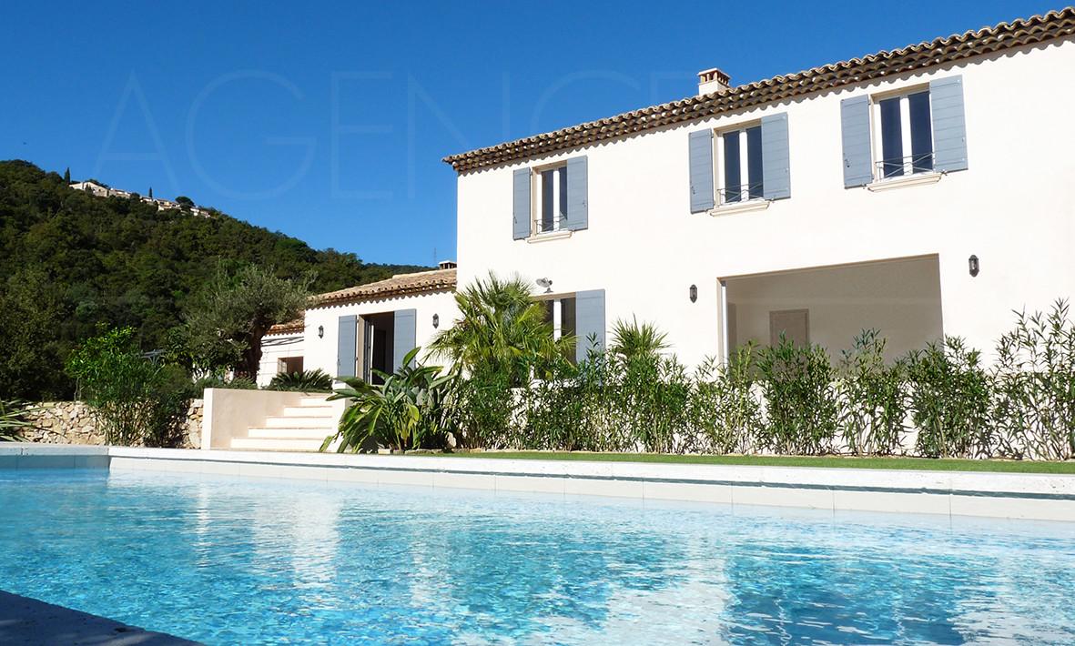 Vendre achat maison villa propri t grimaud port for Achat maison st tropez