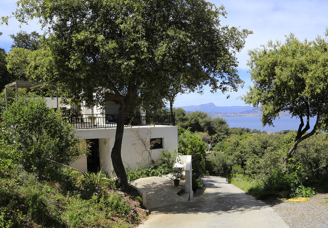 maison a vendre giens proche de la mer var cote d. Black Bedroom Furniture Sets. Home Design Ideas