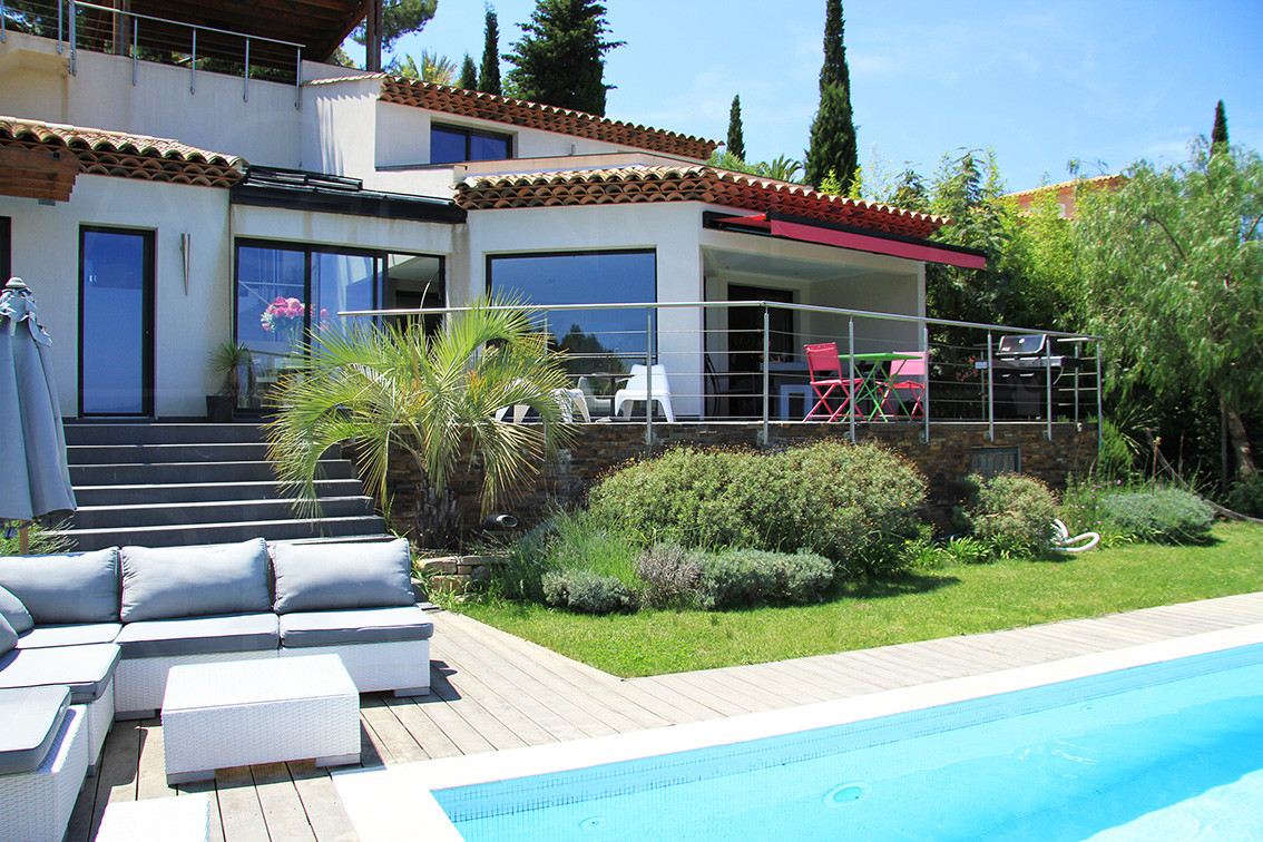 Maison a vendre hyeres vue sur mer 3 chambre maison contemporaine var cote d 39 azur Maison moderne cotedazur